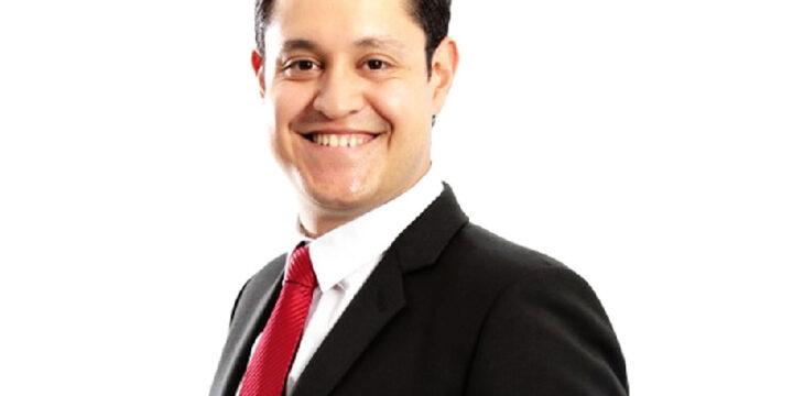 Andrés Ávila <br> Becario McMaster University (Canadá) <br> Tutor